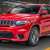Jeep Grand Cherokee Trackhawk бросает вызов Bentley Bentayga