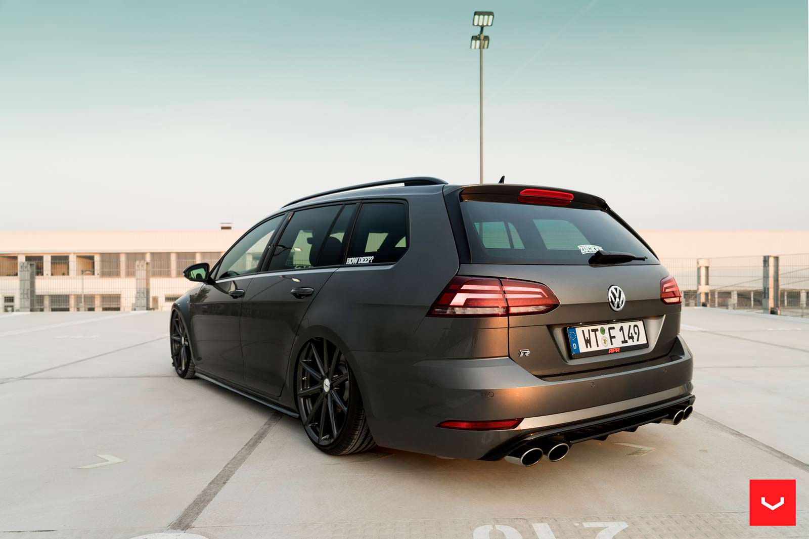 volkswagen golf r variant 2017 vossen. Black Bedroom Furniture Sets. Home Design Ideas