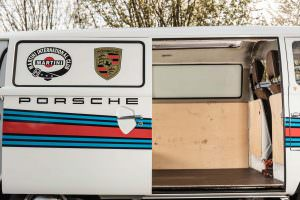 Двери Volkswagen T2 Transporter Martini Racing