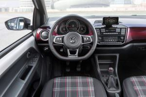 Фото салона Volkswagen Up! GTI