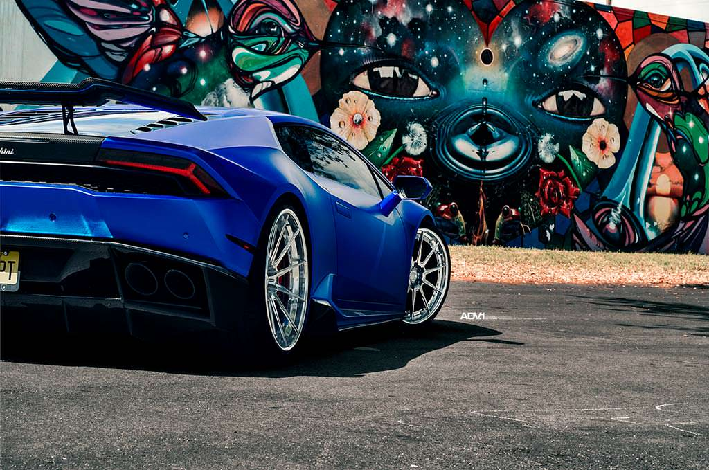 Новый Lamborghini Huracan. Тюнинг от 1016 Industries