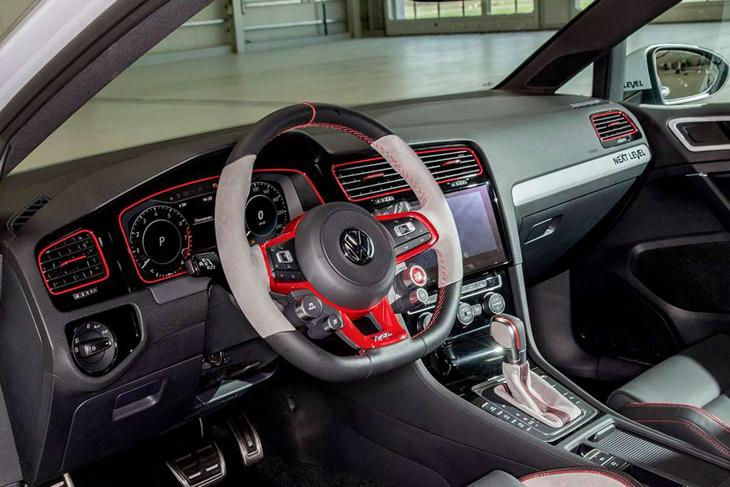Салон Volkswagen Golf GTI Next Level