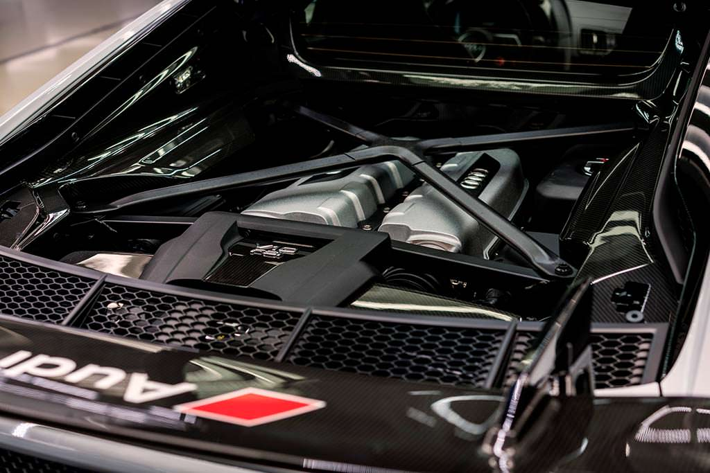 Двигатель TFSI 5,2-литра Audi R8 V10 Plus Coupe Competition